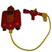 Hračka - hasicí přístroj na záda